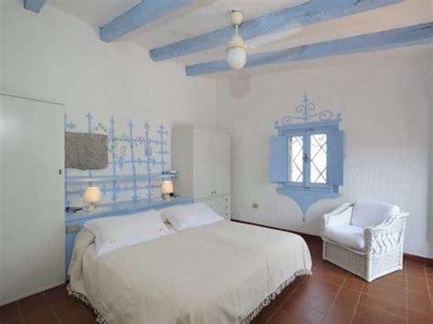 Good Idee Per Arredare Casa Al Mare #1: pareti-decorate-con-lazzurro.jpg