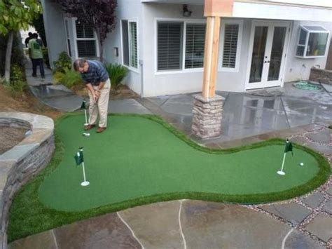 backyard putting green for the home