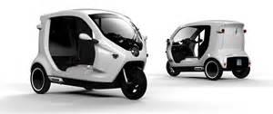 Electric Vehicle Zbee On Delhi Roads Soon Swedish Zbee Three Wheeled Ev To Enter Indonesia