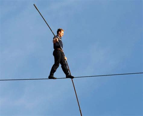 tight rope tightrope walker will attempt niagara falls seeker