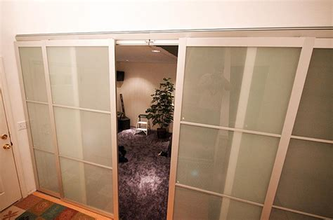 sliding door room divider sliding door room dividers folat