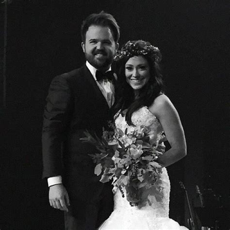 where did kari jobe get her flower crown for her wedding 29 best kari jobe images on pinterest dream wedding