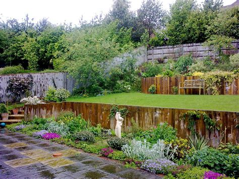 Large garden on a slope « DMW Landscapes