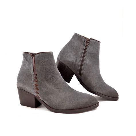 alpe 3052 western style mid heel ankle boots in grey