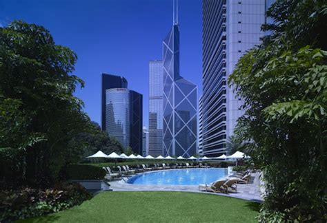 Sassy City Sale Hits La Again Fashiontribes La Story Shopping by A Splash The Best Swimming Pools In Hong Kong