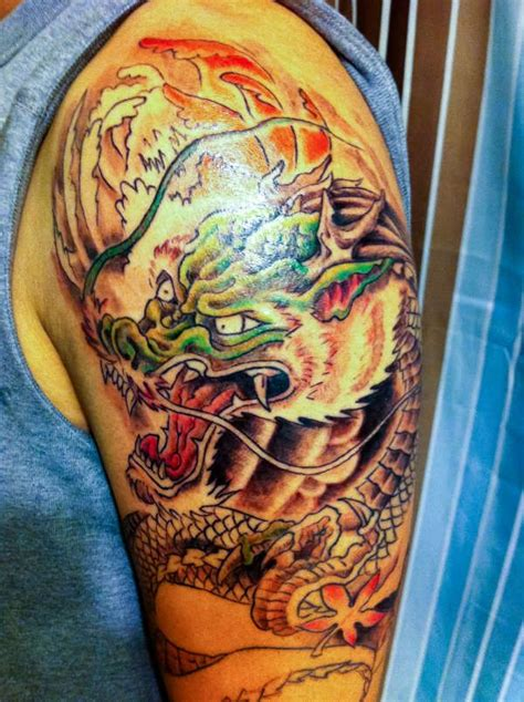 tattoo japanese dragon sleeve traditional japanese dragon half sleeve tattoo
