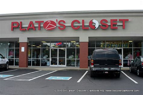 Platos Closet Tn by Plato S Closet Opens In Clarksville To Crowds Discover Clarksville Tn
