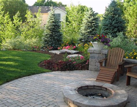 Landscape Ideas For Backyards Top 25 Best Backyard Landscaping Ideas On Pinterest