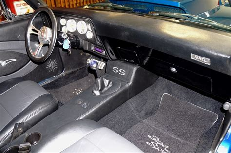 repair voice data communications 1993 chevrolet corvette interior lighting service manual removing the center console on a 1978 chevrolet camaro image gallery 71 nova