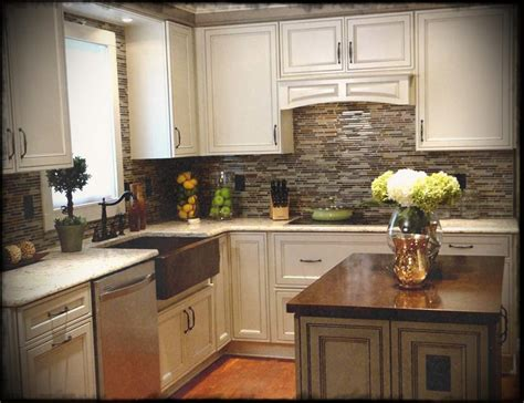 size of kitchen awesome country ideas for small
