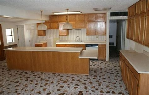 kitchen tile flooring kitchen flooring tips designwalls
