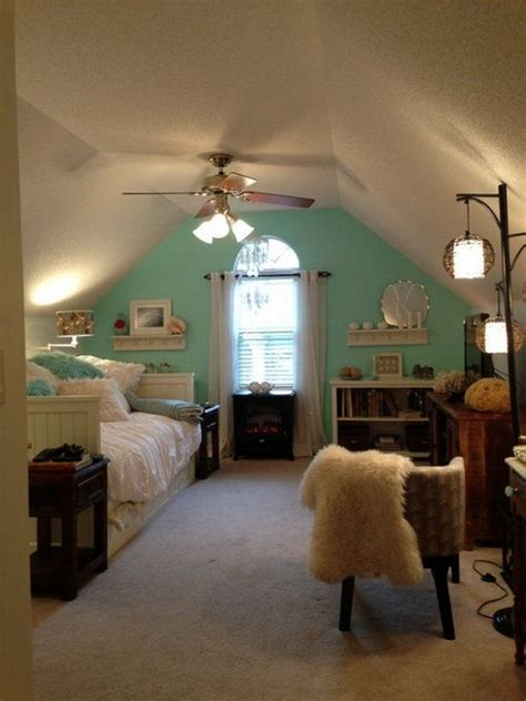 how to cool upstairs bedrooms 25 dreamy attic bedrooms interior for life