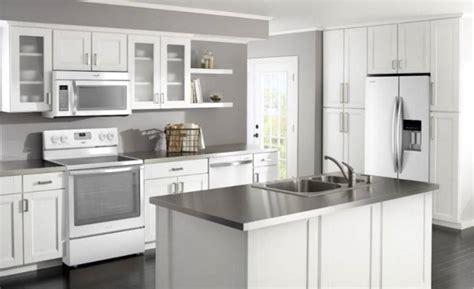megahnya model kitchen set minimalis bahan aluminium