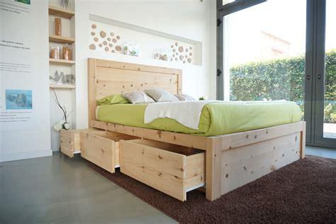 letto con cassetti legno di cirmolo letto matrimoniale con 6 cassetti