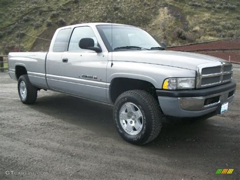 automotive service manuals 1999 dodge ram 1500 club electronic throttle control service manual how to change a 1999 dodge ram 1500 club console lid service manual how to