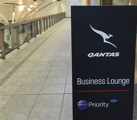 emirates qantas status credits current flight deals for qantas gold status earn most