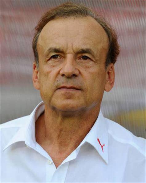Gernot Rohr Gernot Rohr 187 Matches Pour Le Club 187 Europa League