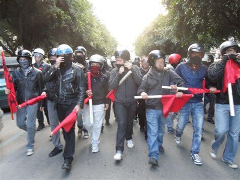 libreria mondadori palermo scontri a palermo al presidio antifascista al multicenter