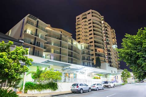 cairns appartments cairns holiday apartments hotels best rates guarantee