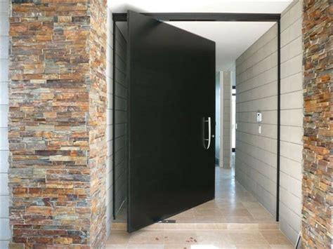 Oversized Exterior Doors Porte D Entr 233 E Pivotante Et 233 L 233 Gante En 31 Id 233 Es