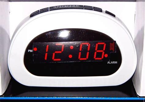 mainstays led digital alarm clock electric w battery backup snooze sleep white 49353977362 ebay