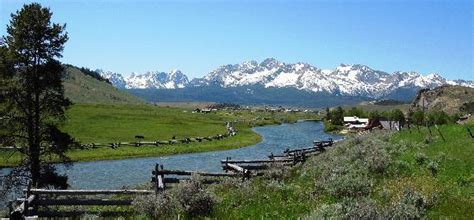 Sun River Ranch stanley idaho picture of sawtooth wilderness area