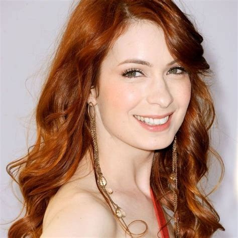 what is felicia day s hair color felicia day height weight and bio her ethnicity