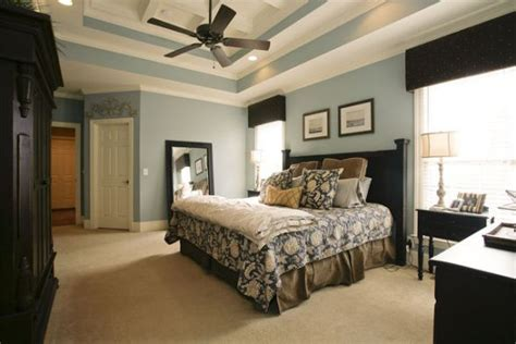 great master br the paint color is quot interesting aqua quot it is an sherwin williams color