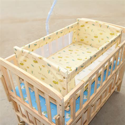 Multifunctional Newborn Baby Bed Wooden Rocking Cribs Soft Soft Crib Mattress For Toddler