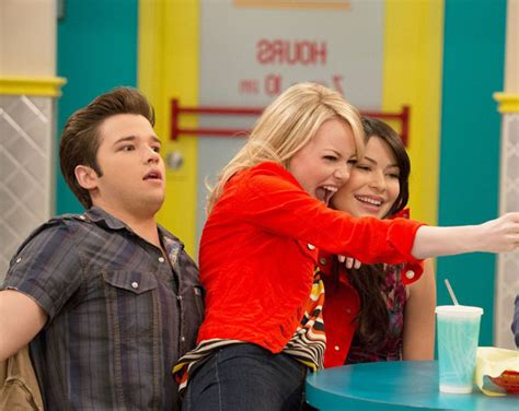 emma stone icarly emma stone icarly sneak preview watch now hot girls