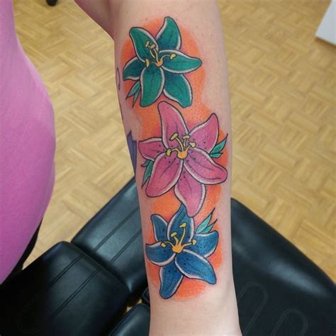 tattoo lily flower meaning 60 colorful lily flower tattoo designs meaning