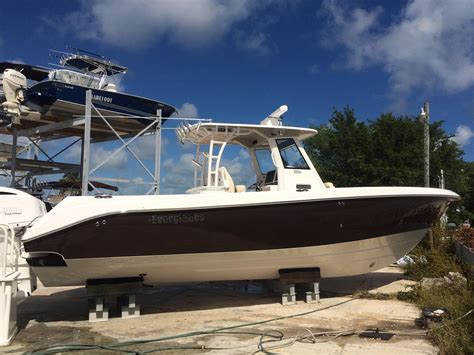 everglades boats for sale key largo 2016 everglades 325cc power boat for sale www yachtworld