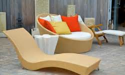 tips  select outdoor furniture howstuffworks