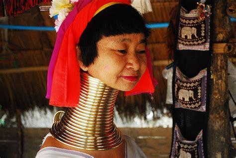 imagenes mujeres jirafa las mujeres jirafa de tailandia la otra cara de la realidad
