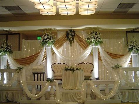 Simple Wedding Decorations by 89 Simple Church Decorations For Wedding Fascinating