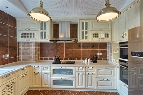 Kitchen With Glass Tile Backsplash by 41 White Kitchen Interior Design Amp Decor Ideas Pictures
