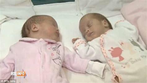 anni mesi giorni gemelli diversi mamma partorisce gemelli a distanza di 2 mesi e in 2 anni