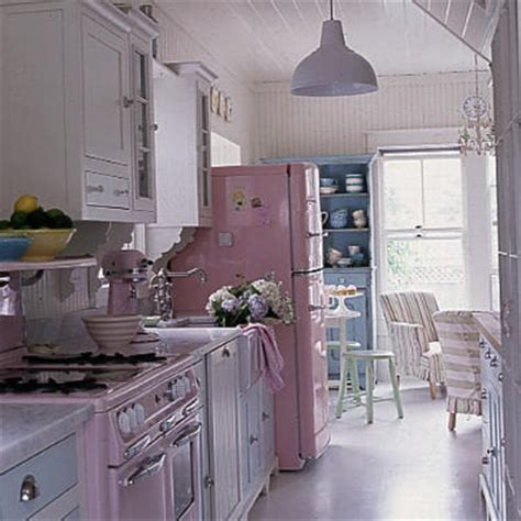 vintage inspired kitchen ohgraciepie vintage inspired retro kitchen appliances