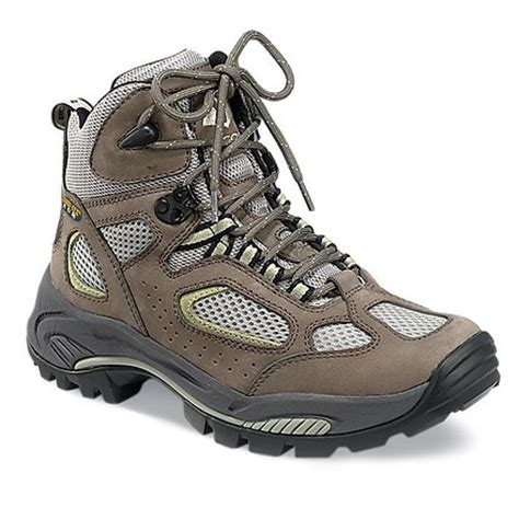 womens hiking boot s hiking boot shopping tips