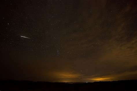 Meteor Shower Tonight August 12 by Look Out For The Perseid Meteor Shower Tonight In Malaysia