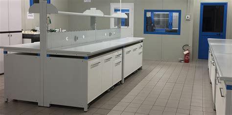arredi tecnici laboratorio banchi da laboratorio samatec s r l