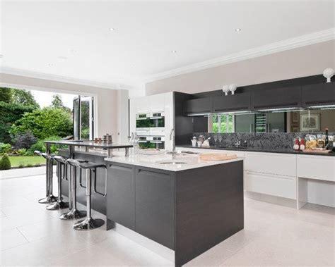 kitchen mirror backsplash 2018 10 unique backsplash ideas for your kitchen eatwell101