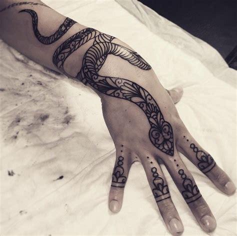 cute snake tattoo designs best 25 snake ideas on black snake