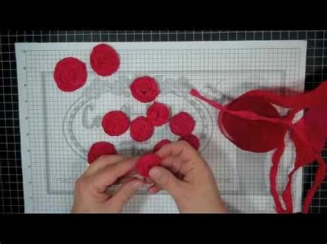 How To Make Crepe Paper Rosettes - how to make crepe paper rosettes