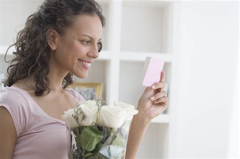Great Gift Cards For Women - relationship marketing using a unique greeting card system