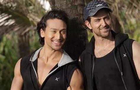 hrithik roshan jackie shroff tiger shroff admires hrithik roshan again and wants to