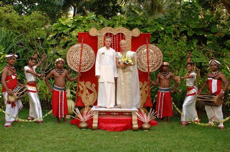 Wedding In Sri Lanka by Sri Lankan Wedding Photos Shaadi