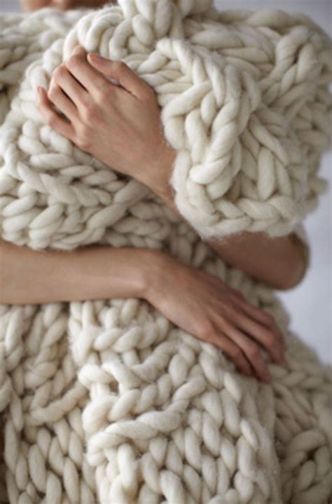 how to knit chunky blanket 10 gorgeous diy blanket tutorials nifty diys