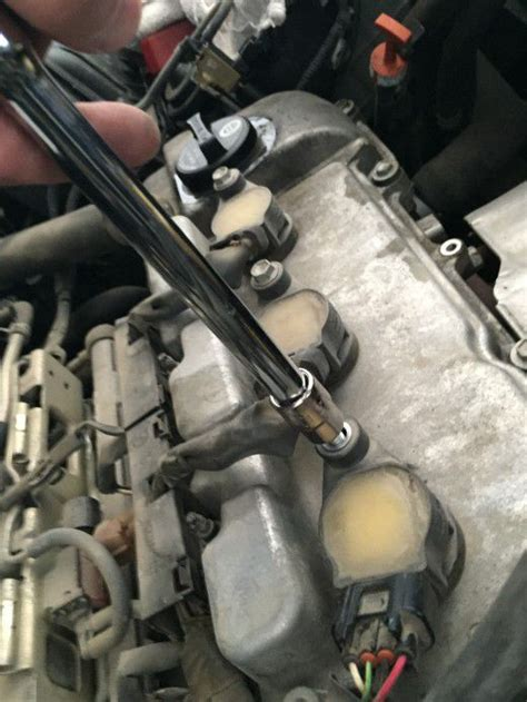how to replace a l socket service manual how to change front spark plug on a 2003