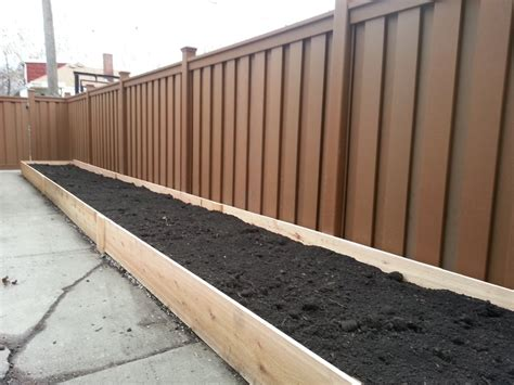 Trex Fence And Custom Cedar Planter Box Beautiful Fence Planter Boxes